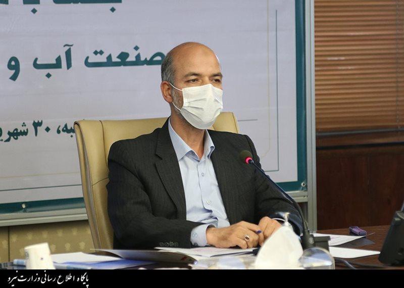 عمل به وعدهها در زمان تعیین شده یکی از مهمترین برنامههای وزارت نیرو است/ تشکیل مرکز جهاد آب در ستاد وزارتخانه